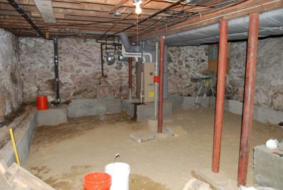 Fuktspärr golv källare